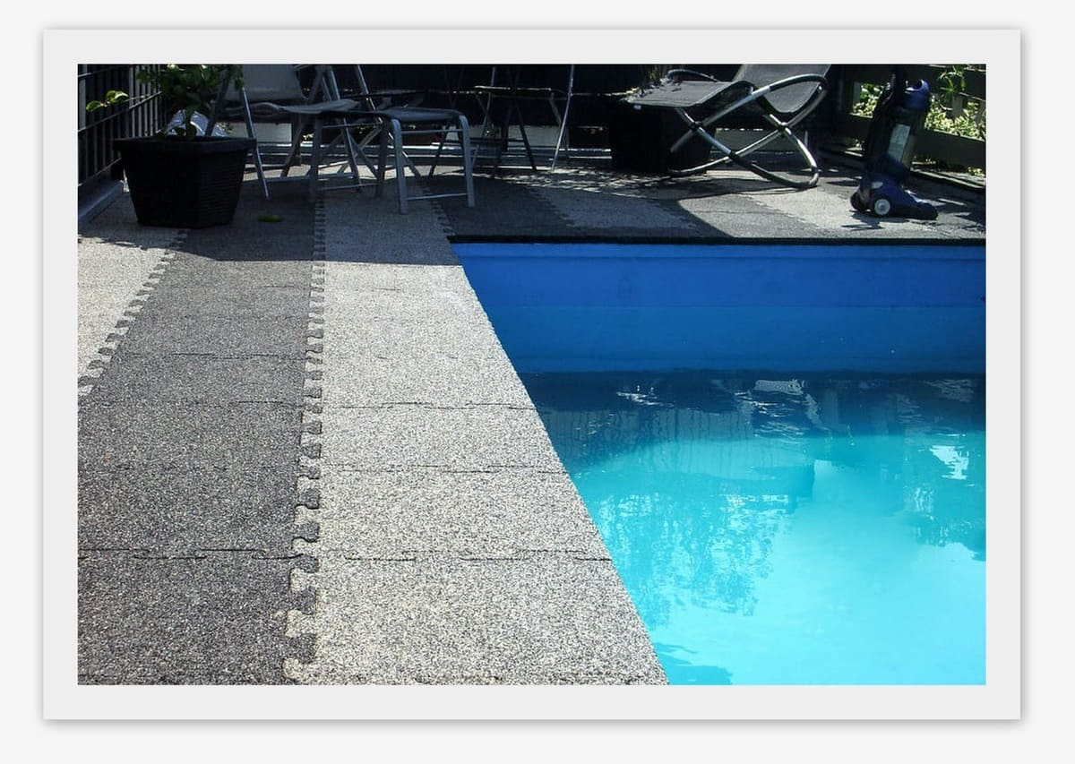 Резиновое покрытие 1000x1000x15мм Puzzle - Rubblex Pool