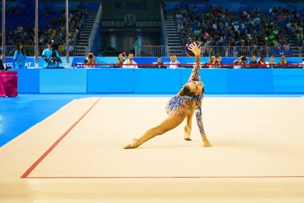 Ковер для художественной гимнастики фото
