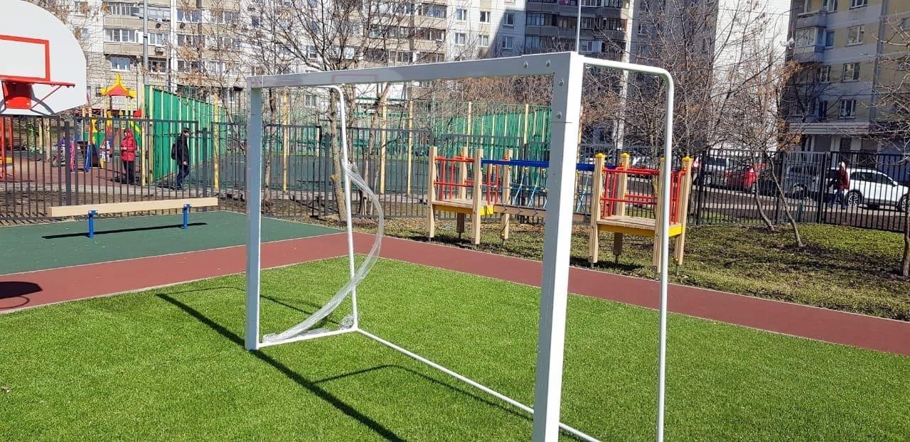Алюминиевые ворота для мини-футбола фото