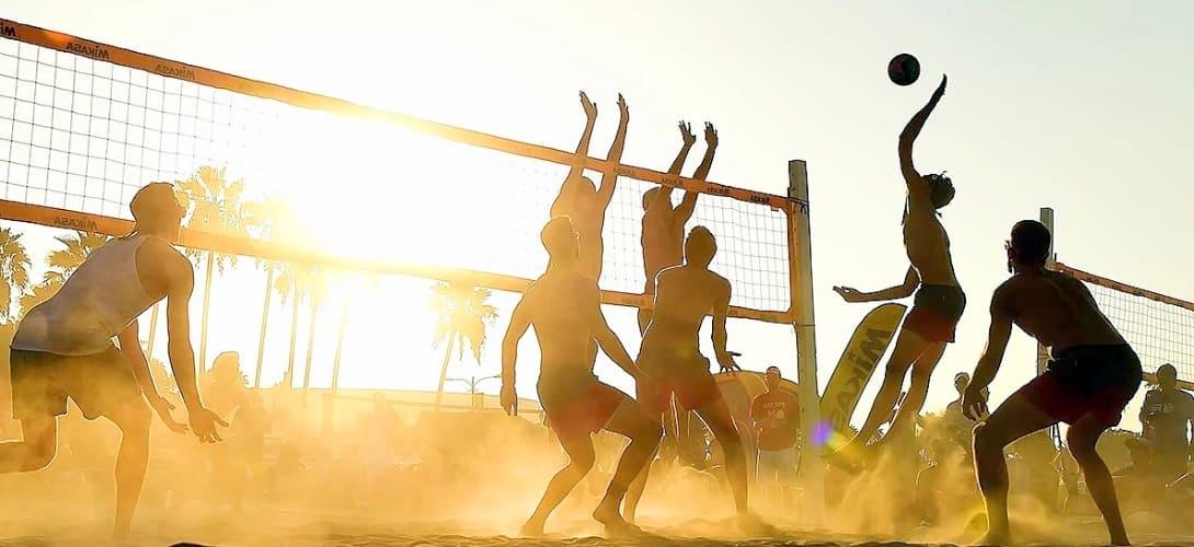 Почему стоит поиграть в пляжный волейбол - фото №4