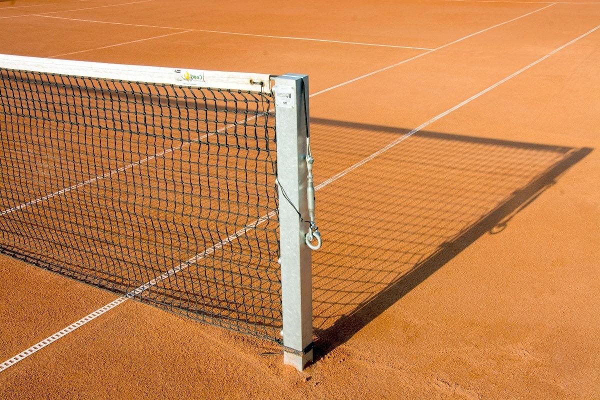 Стойки для большого тенниса фото